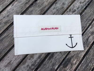 Anchor Block Press- White Beach Clutch