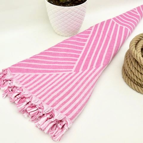 Pink Geometric - Organic Turkish Round Beach Towel
